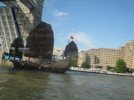 Chinese Junk sails under Tower Bridge, London